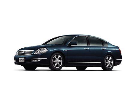 Nissan Teana I 2003